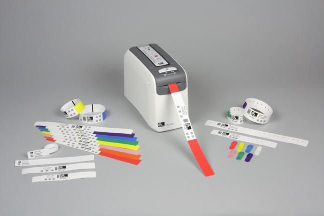 zebra-tiskalniki-zdravstvo-dojencki-bolnisnicaž